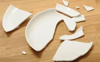 К чему бьется тарелка: приметы и суеверия