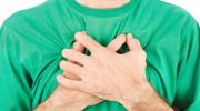 Можно ли греть грудную клетку компрессами и массажем при бронхите?