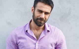 Аднан Коч – турецкий актер и музыкант