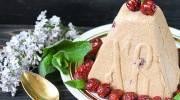 Рецепт творожной пасхи с вишней и белым шоколадом