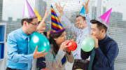 Почему креативное поздравление сегодня приветствуется?
