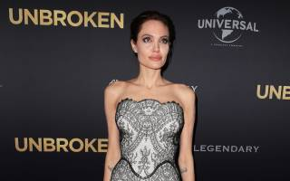 Анджелина Джоли частично парализована