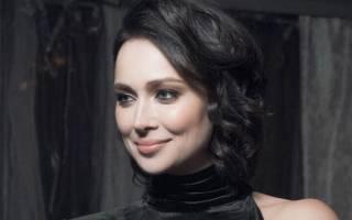 Настасья Самбурская пострадала от нападения поклонника