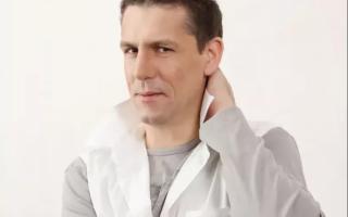 """Андрей Петров — ведущий, который """"будит"""" всю страну"""