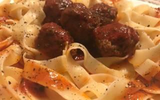 Тефтели с пастой в томатном соусе: просто и вкусно