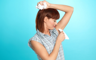 Как успешно и безболезненно избавиться от запаха пота под мышками?