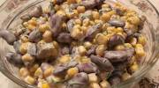 Рецепт салата из кукурузы и фасоли с сухариками