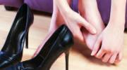 Как снять боль на пальце ноги сбоку около ногтя?
