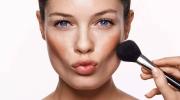 Как нарисовать выразительные скулы при помощи макияжа