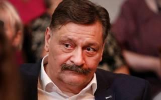 Дмитрий Назаров проигнорировал прощание с бывшей супругой