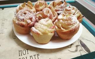Как приготовить булочки с яблоками «Розы»