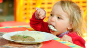 Продукты вызывающие аллергию у детей: можно ли спасти страдающего от этого недуга ребенка?