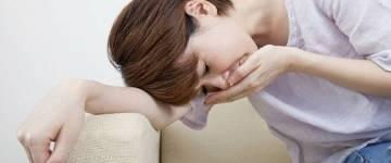 Причины и лечение тошноты и повышенной температуры
