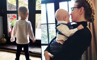 Сын Ксении Собчак учит китайский язык