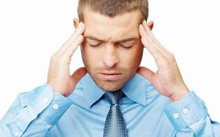 Что делать, если появились озноб, головная боль и тошнота?
