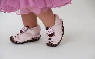 Когда нужны детские ортопедические стельки и супинаторы в обуви?