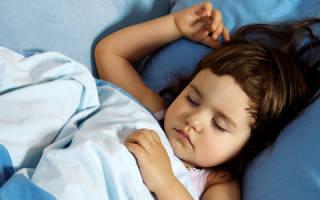Причины состояния, при котором ребенок сильно потеет