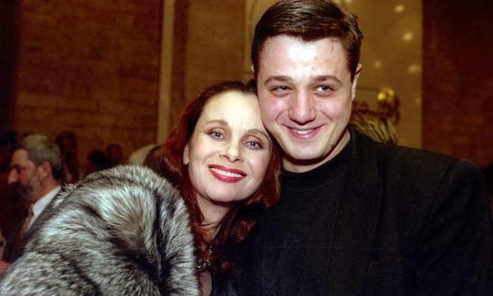 С сыном Алексеем Макаровым