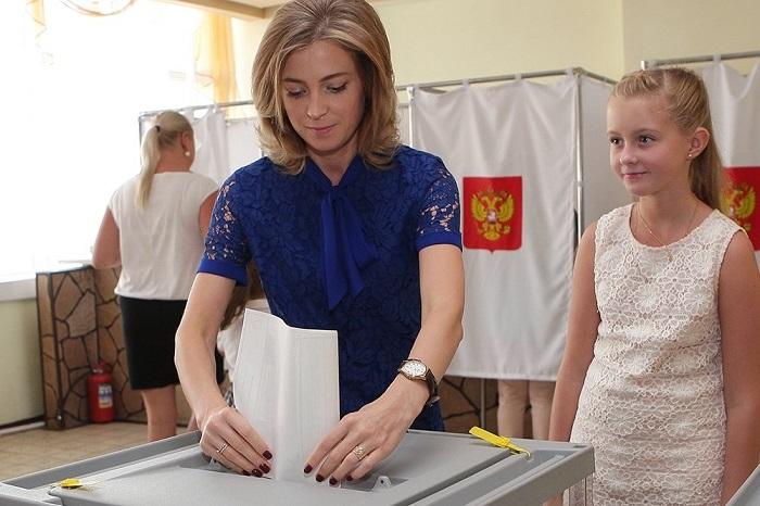 Наталья Поклонская с дочерью