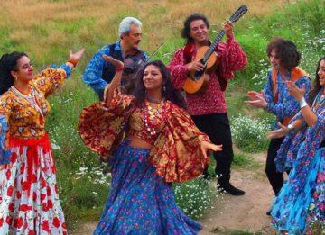 Как празднуют международный день цыган