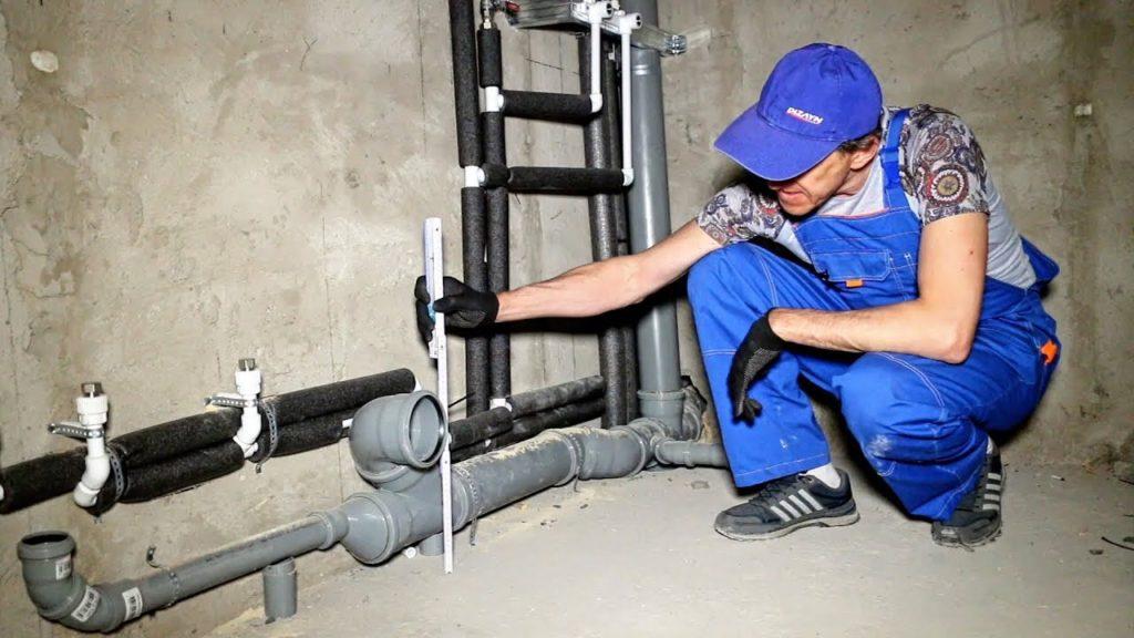 Как правильно установить канализационную трубу