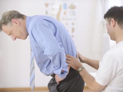 Болит копчик (кокцигодиния): как лечить в домашних условиях?