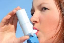 Обострение бронхиальной астмы - повод для перенесения прививки