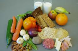 Калорийные продукты - причина запоров у ребенка