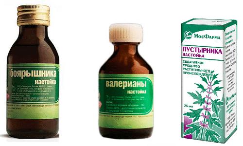 Настойки боярышника, валерианы и пустырника обеспечивают успокоительный эффект, сравнимый с действием дорогих медикаментозных средств