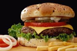 Неправильное питание - причина потливости головы