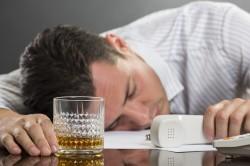 Злоупотребление алкоголем - причина фарингита