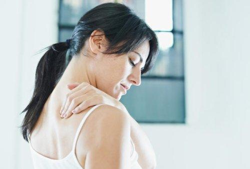 Данные неприятные ощущения могут являться сигналом неправильной работы внутренних органов или заболеваний