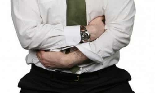 Опоясывающая боль под ребрами спереди и сзади. Почему возникает опоясывающая боль под ребрами