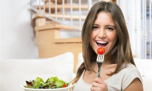 Повышение аппетита во время месячных
