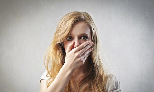 Горечь и сухость во рту связаны с проблемами органов пищеварения