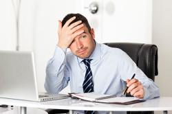 Сидячая работа - причина развития геморроя