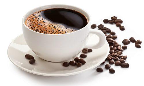 Врачи рекомендуют отказаться от кофе, особенно в период обострения патологии