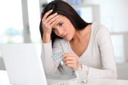 Прием контрацептивов как причина головной боли перед месячными