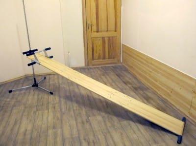 Комплекс упражнений на наклонной доске