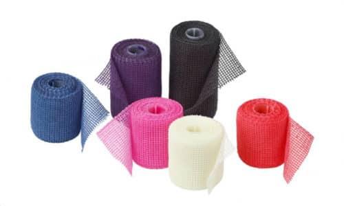 Повязка выпускается в виде рулона из стекловолоконной ткани, которая в своем составе содержит полиуретановую смолу, хорошо твердеющую под воздействием воды