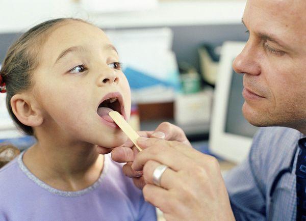 способы лечения стоматита у детей