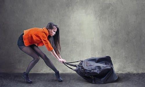 Для профилактики возникновения грыжи следует избегать тяжелых физических нагрузок