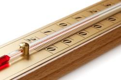 Неправильный температурный режим в помещении - причина потливости у ребенка