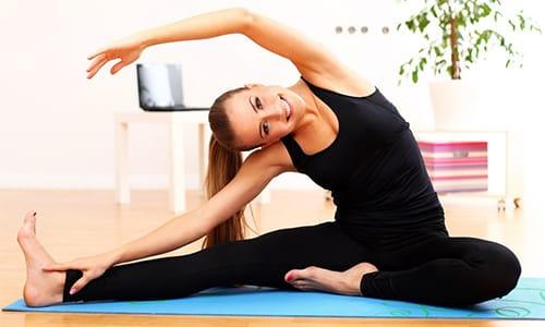 Если грыжа небольшого размера и никак не беспокоит пациентку, предлагается лечебная гимнастика
