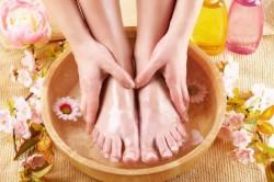 Ванночка для ног при потливости стоп