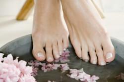 Ванночка при потливости ног