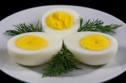 Вареные яйца - причина запора
