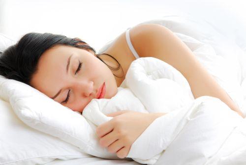 Когда болит поясница ночью или после сна, ритм жизни сбивается